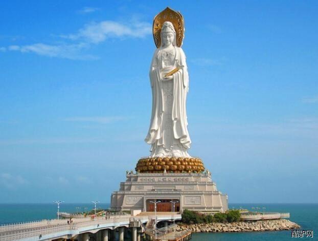 南山,面朝南海,坐落在中国唯一的热带滨海城市&